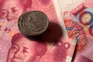 Yen gains, Yuan falls as Hong Kong tensions muddy trade progress