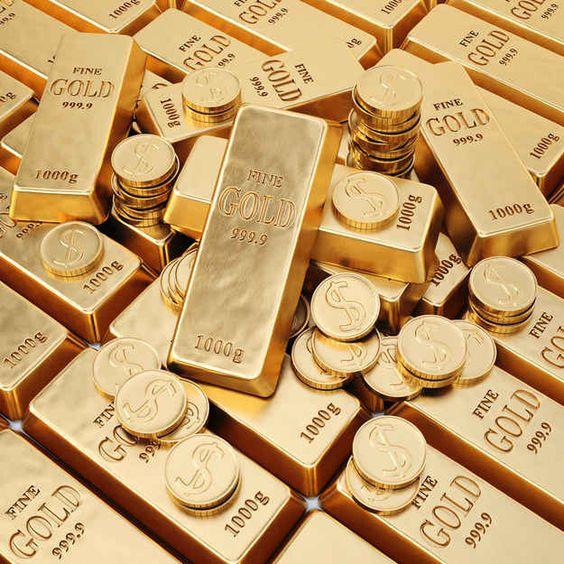 Gold edges up on Delta virus threat, lower US bond yields
